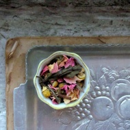 Organic Rose & Chamomile White Tea from Marble & Milkweed