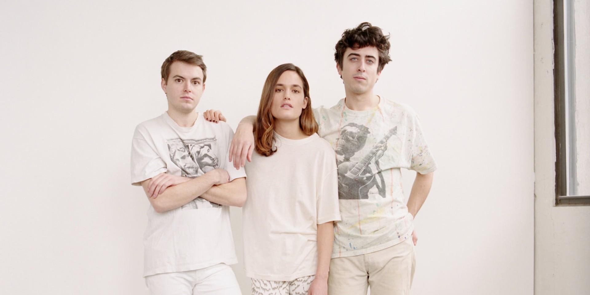 ALBUM REVIEW: Wet - Don't You