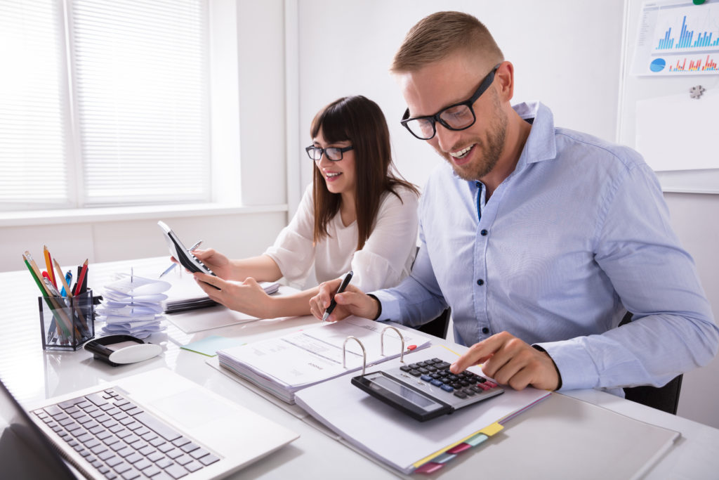 Tax Accounting: Made Easy to Understand | CollegeMoment.com